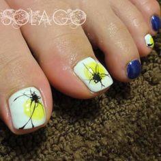 Artistic toenails
