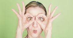 Pochi e semplici esercizi di ginnastica facciale per dire addio a rughe del viso e palpebre cadenti. Un lifting naturale da ripetere tutti i giorni