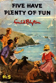 Five Have Plenty of Fun - Enid Blyton. Enid Blyton enjoyed her holidays in Dorset, particularly Purbeck, and visited three times a year for over 20 years. Distance from Shaftesbury to Studland is 34 miles. Famous Five Books, The Famous Five, Comics Vintage, Vintage Children's Books, Antique Books, Vintage Posters, Great Books, My Books, Enid Blyton Books
