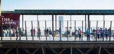 Vous n'avez jamais visité la Tour Eiffel. Hé bien voici quelques photos prises lors d'une visite.  Voici le NOUVEAU premier étage de la tour Eiffel. Bonne visite : http://www.toureiffel.paris/fr/
