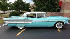 1958 Pontiac Super Chief 4-Door Sedan