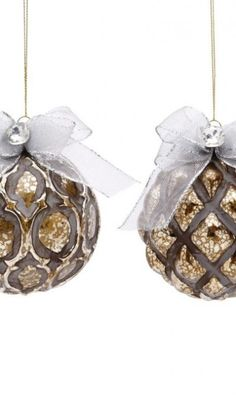 Sculpted Ball Ornament with Ribbon