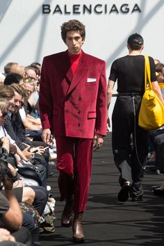 197fd9b77324 Catwalk photos and all the looks from Balenciaga Spring Summer 2017  Menswear Paris Fashion Week