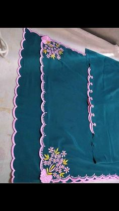 Embroidery Suits Punjabi, Embroidery Suits Design, Embroidery Designs, Indian Bridal Outfits, Indian Designer Outfits, Indian Dresses, Embroidery Leaf, Machine Embroidery, Indian Suits Online