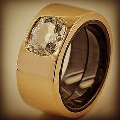 taffinjewelry Diamond, gold and ceramic