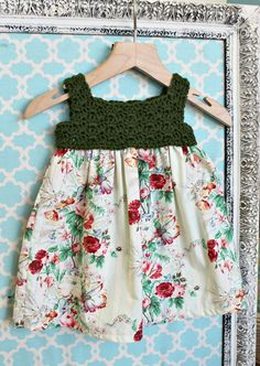 Vintage Shabby Floral dress with evergreen crochet bodice