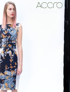 knee lenght panelled shift dress | xray print peached cotton