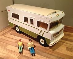 Vintage Toys 1970 | Vintage 1970s Large Tonka Toy Winnebago Indian Van motorhome Figures ...