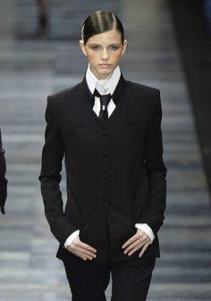 Karl Lagerfeld f/w 2003