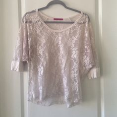 White lace top Cute lace top! Tops
