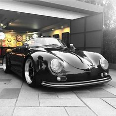 The Porsche 911 is a truly a race car you can drive on the street. It's distinctive Porsche styling is backed up by incredible race car performance. Porsche Classic, Classic Cars, Dream Cars, Porsche 356 Speedster, Porsche 935, Porsche Roadster, Porsche Carrera, Old School Cars, Oldschool