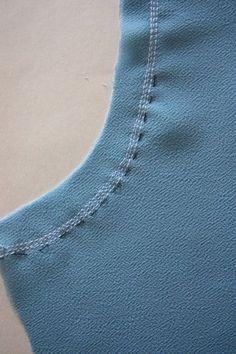 Как обработать край тонкой ткани, московский шов.
