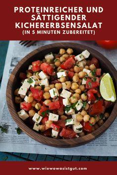 In der Tat ist dieser in gerade mal 10 Minuten zubereitete, sättigende Kichererbsensalat einer meiner absoluten Lieblingssalate. Denn er ist nicht nur super schnell zubereitet, sondern sättigt extrem, weil er sehr ballaststoff- und proteinreich ist. Auch als Meal-Prep super geeignet. #kichererbsen #thermomix #salat Blueberry Oat, Food Blogs, Easy Peasy, Summer Vibes, Barbecue, Good Food, Favorite Recipes, Salad, Dishes
