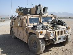 Military and Aviation (rocketumbl: Enhanced Armament Carrier) Hummer H3, Hummer Truck, Army Vehicles, Armored Vehicles, Army Gears, Bug Out Vehicle, Vehicle Wraps, Military Weapons, Military Car