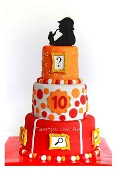 Sherlock HOlmes...I want this cake for my #Birthday #SherlockHolmes