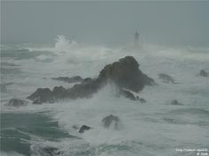 Tempête à la Pointe du Raz, Finistère, Bretagne, France - Storm on the coast of Brittany, France