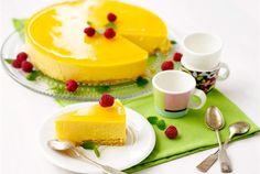Mangojuustokakku - Mango cheesecake, my ultimate favorite. Finnish Cuisine, Mango Cheesecake, Mango Cake, Cheesecakes, Panna Cotta, Sweet Tooth, Sweet Treats, Pudding, Sweets