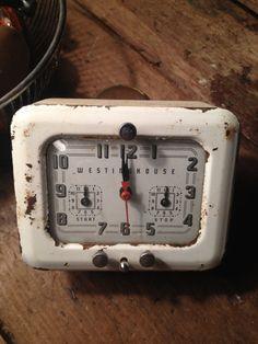 Westinghouse Vintage Electric  Kitchen Clock