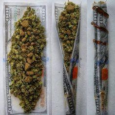@labicraverie - - - - - #labicraverie #joint #beuh #cannabis #thc #delafrappe #frenchsmoker #frannabis #frenchstoner #weedfrance #pilon #bedo #petard #spliff #franceweed #francecannabis #cannabis #indica #sativa #marijuana #stonedcreative #weedforlife #stoner #highsociety #weedsagram420 #dope #weedporn #cannabisculture #weed #defonce