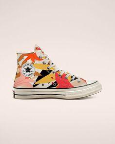 Mode Converse, Converse Shoes, Floral Converse, Custom Converse, White Converse, Shoes Sneakers, Converse Vintage, Vintage Shoes, Cute Shoes