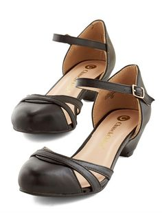 darling black shoes  http://rstyle.me/n/vg4espdpe