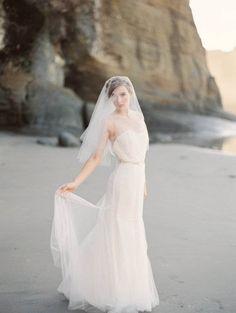 cut edge blusher single tier elbow length veil