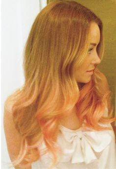 """I want to add pink to my hair like this....hop on the """"rose gold"""" trend...LOVE it"""