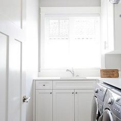 Clad in gray slate floor tiles, this well design small white mudroom is fitted with a gray front loading washer and dryer enclosed beneath an l-shaped… – Mudroom White Laundry Rooms, Laundry Room Shelves, Laundry Room Layouts, Laundry Room Design, Grey Slate Floor Tiles, Slate Flooring, Small Room Design, White Countertops, Bathroom Floor Tiles
