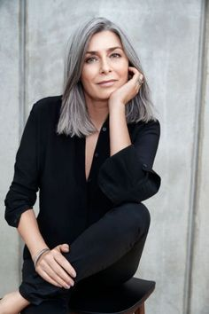 Grey Bob Hairstyles, Mom Hairstyles, Hairstyles Over 50, Straight Hairstyles, Scene Hairstyles, Natural Hairstyles, Wedding Hairstyles, Grey Hair Over 50, Long Gray Hair