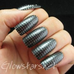 The Digit Al Dozen Does Metal Carbon Fibre A Manicure Using La Colors