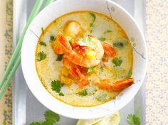 Découvrez la recette Soupe thaï aux crevettes sur cuisineactuelle.fr.