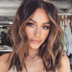 Brown Hair Balayage, Hair Highlights, Brunette Balayage Hair Short, Balayage Hair Caramel, Hair Inspo, Hair Inspiration, Great Hair, Gorgeous Hair, Beautiful