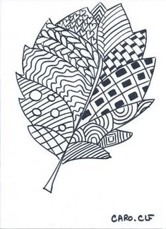 Coloriage Zentangle Drawings, Zentangle Patterns, Fall Coloring Pages, Coloring Books, Black And White Quilts, Art Lessons Elementary, Autumn Art, Leaf Art, Halloween Art