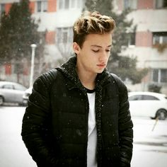 Vlad Munteanu Cute Guys, Youtubers, Winter Jackets, Stars, My Love, Celebrities, Boys, Image, Winter Coats