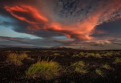 Stranger Things - UFO over Hekla volcano in Iceland !  Facebook page: https://www.facebook.com/AlbanHenderyckxPhotography  UPCOMING WORKSHOPS in ICELAND : https://iceland-photo-tours.com/  Copyright © Alban Henderyckx / All rights reserved.