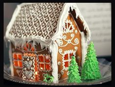 love the roof detail; Call me Cupcake Gingerbread Village, Gingerbread Decorations, Christmas Gingerbread House, Christmas Love, Gingerbread Man, Christmas Treats, Christmas Baking, Christmas Cookies, Christmas Decorations