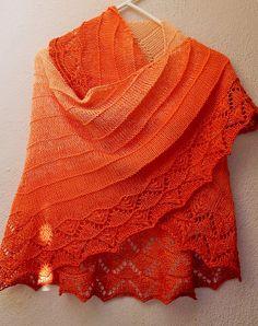 Ravelry: ORANGINA SHAWL pattern by AMÉLIA ALVES