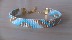 Loom beaded bracelet with denim and silver glass seed beads and antique silver plated toggle ends and hook clasp. The bracelet measures long, with extender 7 and wide. Bracelets Diy, Simple Bracelets, Bead Loom Bracelets, Beaded Bracelet Patterns, Bohemian Bracelets, Bead Loom Patterns, Beaded Jewelry, Tear, Bijoux Diy