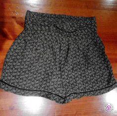 Clotheswap - Vintage style flower pattern skort Vintage Style, Vintage Fashion, Summer Styles, Skort, Flower Patterns, Lace Shorts, Short Dresses, Trousers, Women