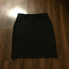 LOFT navy blue skirt Size XXS very good condition LOFT Skirts