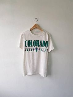 d3cf2e518 Vintage 90s Colorado USA Souvenir Sandy Printed Graphic T-Shirt Size M