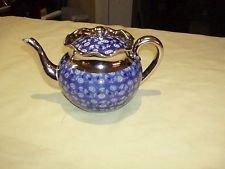 Antikes Englisch blauer und weißer Porzellan-Tee-Topf