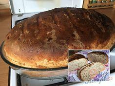 Fantastický chlebíček, který je téměř bez práce. Uvařila jsem 3 menší brambory, které jsem nastrouhala, přidala do těsta a chlebíček byl extra jemný. Určitě vyzkoušejte upéct. Autor: Mineralka Naan Flatbread, Home Baking, Bread Recipes, Baked Goods, Ham, Sandwiches, Food And Drink, Kenya, Snacks