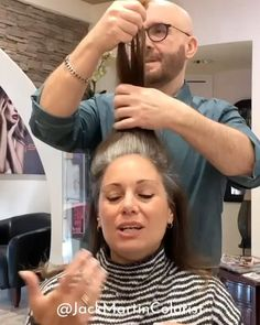 "Fashionable ""bald"" haircut like the star of the movie ""Soldier Jane"" Demi Moore Haircuts – the most famous ""hairstyle"" of the Hollywood star Demi Moore. The owner of a luxurious mane of black hair, as Short Grey Hair, Black Hair, Grey Hair At 40, Grey Brown Hair, Grey Blonde Hair, Grey Hair Dye, Silver Grey Hair, Gold Hair, Bald Haircut"