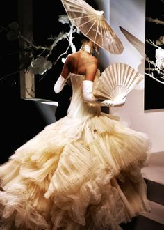 Christian Dior Haute Couture Spring/Summer 2007 | Paris