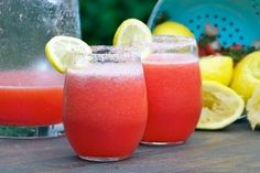 I especially love this drink because it combines 2 of my favorite flavors (lemon and strawberry) with my favorite alcohol: vodka. Vodka mixes well with almost anything, but it mixes with lemon particularly well. This Strawberry Lemonade Vodka tastes awesome—a great balance of sweet and tart!