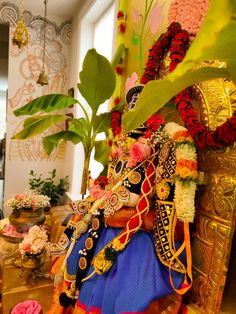 Happy Ganesh Chaturthi Images, Tanjore Painting, Pooja Rooms, Bachelorette Party Decorations, Festival Decorations, Amman, Indian, Telugu, Festivals