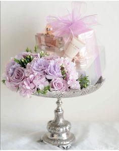 Engagement Gift Baskets, Wedding Gift Baskets, Wedding Gift Boxes, Wedding Gifts, Purple Wedding, Floral Wedding, Wedding Colors, Dream Wedding, Wedding Doorgift