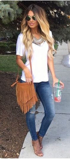 Stitch Fix Fashion 2017! Ask your stylist for something like this in your next fix, delivered right to your door! #sponsored #StitchFix  White tee, stella & dot necklace, fringe bag  & distressed denim.