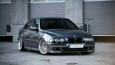 BMW E39 5 series grey stance